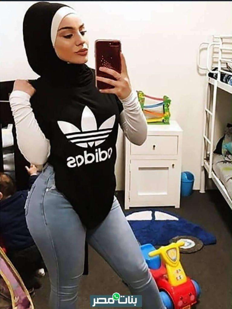 صور بنات محجبات بملابس رياضية في الجيم